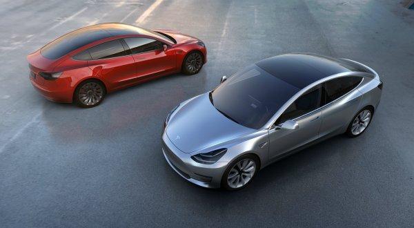 Precio del Tesla Model 3, aún por determinar