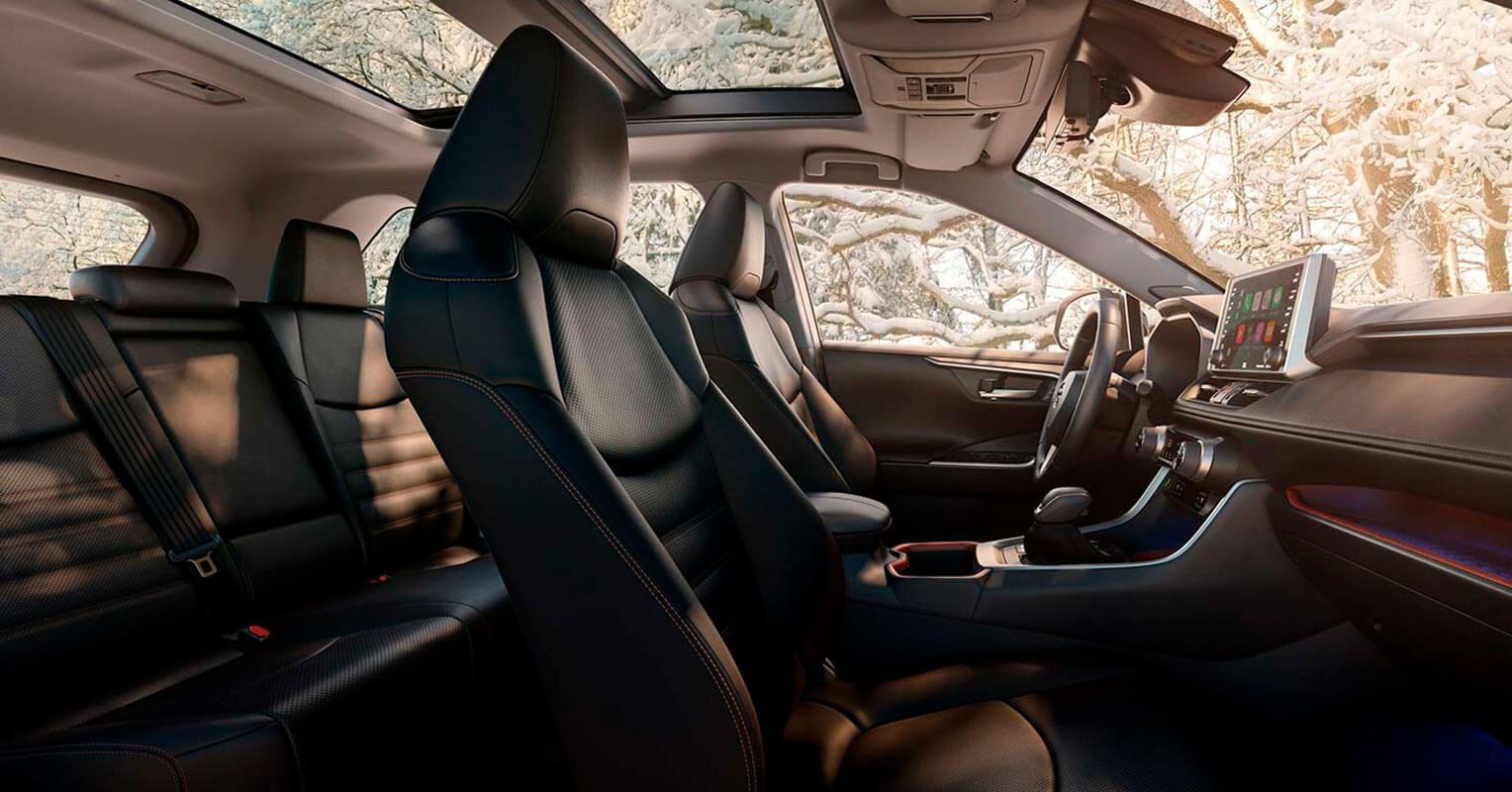 Toyota RAV4 2019 asientos
