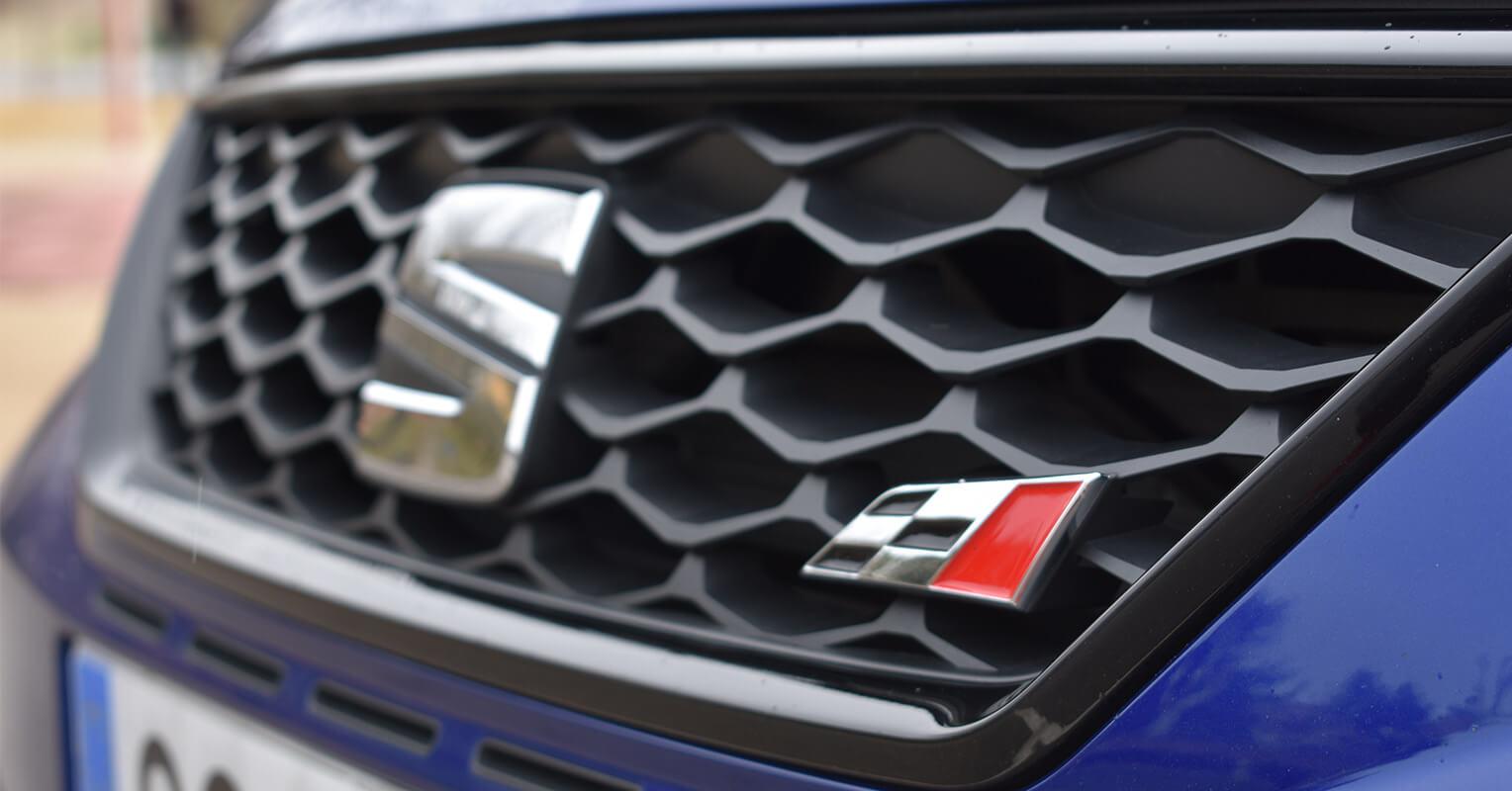 Parrilla del SEAT León ST Cupra 300