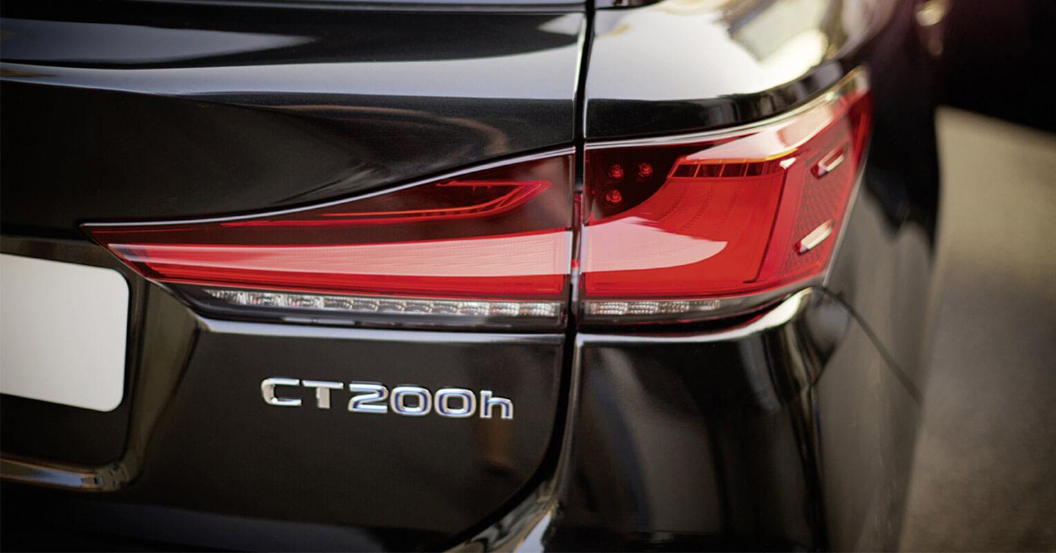 Faro trasero del Lexus CT 200h Black & Grey