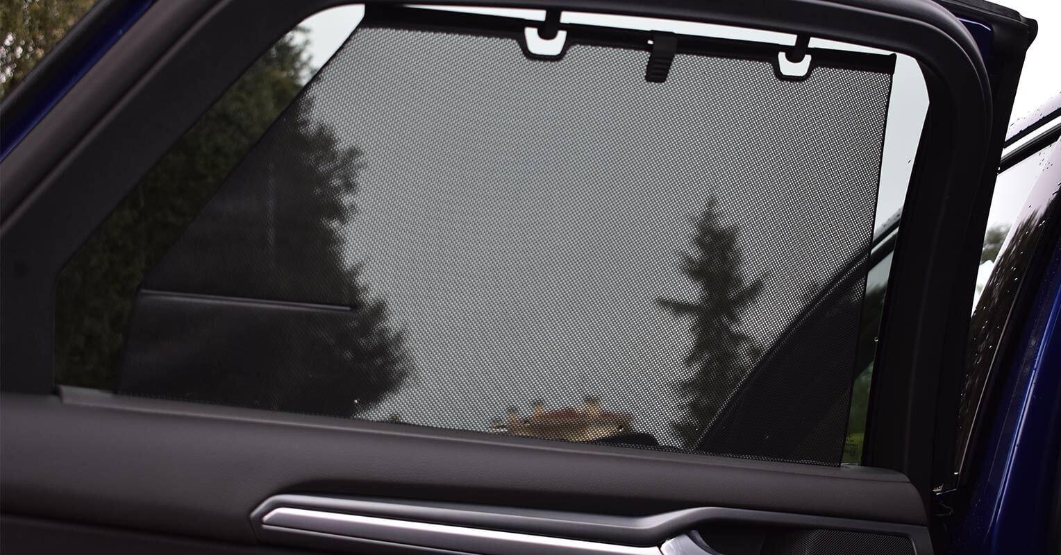 Cortinilla trasera del Ford Mondeo híbrido