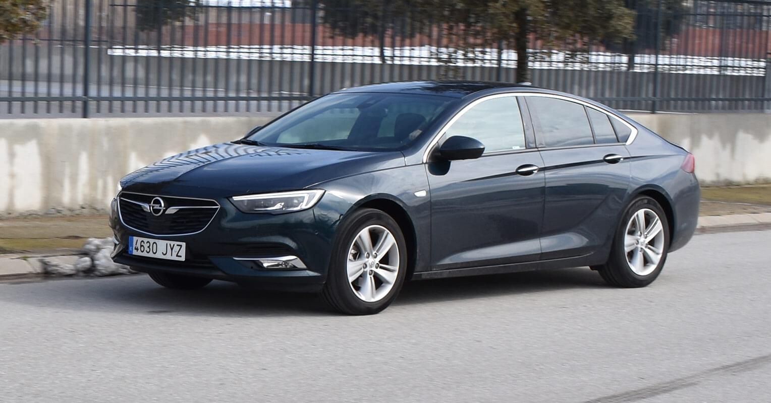 Opel Insignia Grand Sport 2018 en marcha