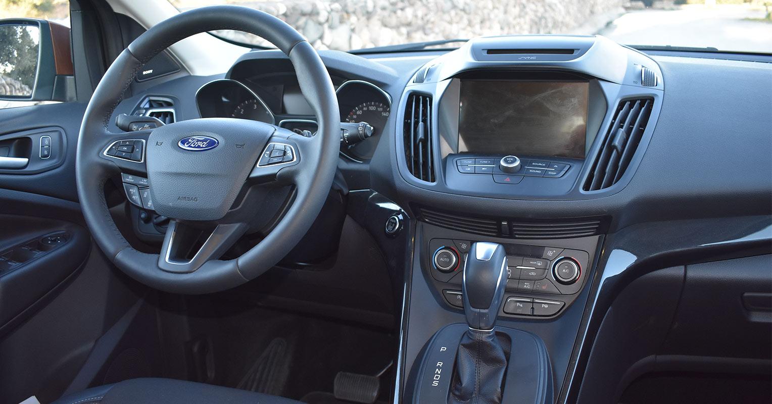 Interior del Ford Kuga Titanium 2018
