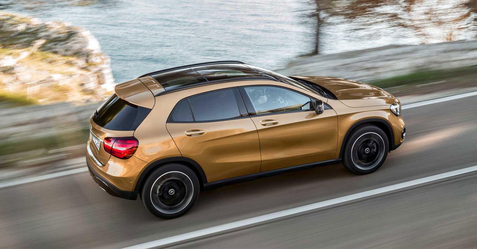 Trasera del Mercedes-Benz GLA 2018