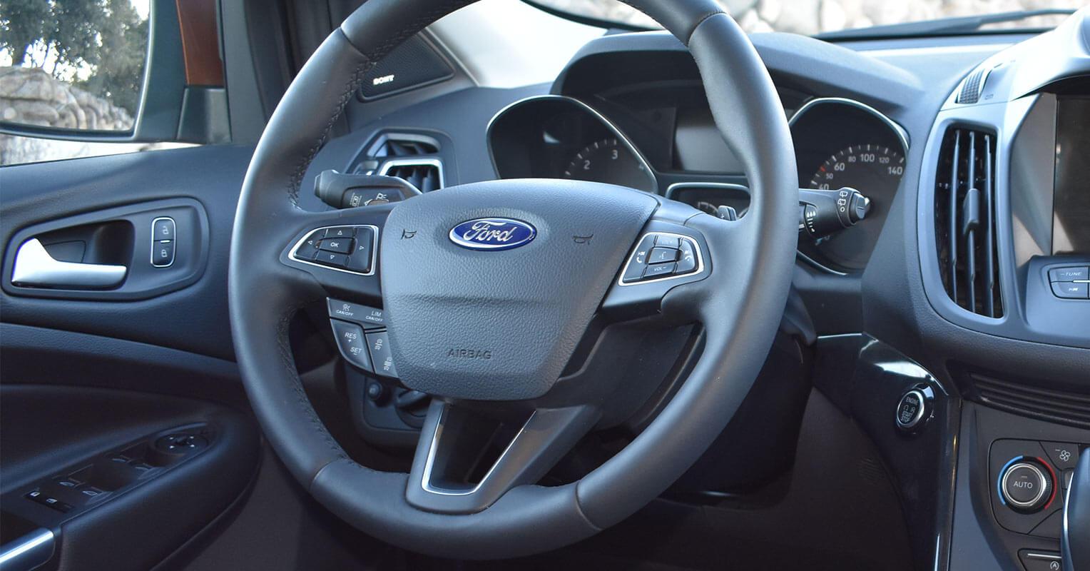 Volante del Ford Kuga 2018