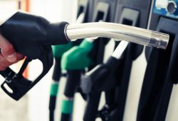 Las gasolineras más baratas y caras de España