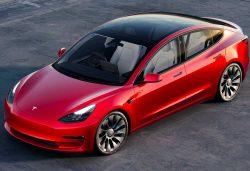 ¿Cuánto cuesta el Tesla Model 3 con el PLAN MOVES III?