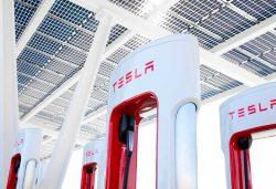 Supercargadores de Tesla: se podrá cargar cualquier coche eléctrico a finales de 2021